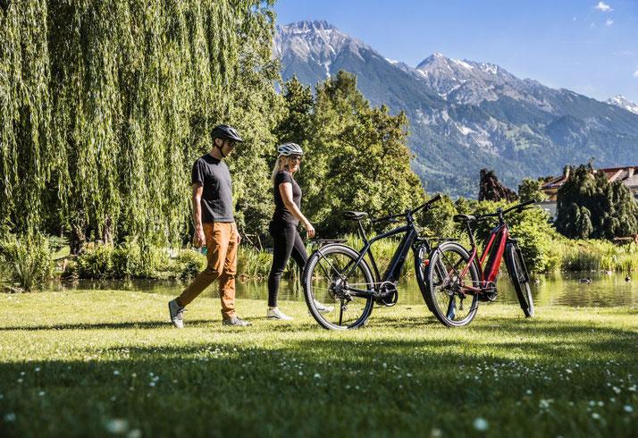 schöne e-Bikes in der Natur