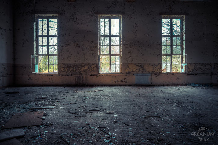 Abandoned professional school in Eastern Germany