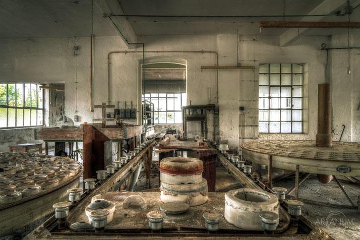 Abandoned Porcelain Factory in Bavaria | Verlassene Porzellanfabrik in Bayern