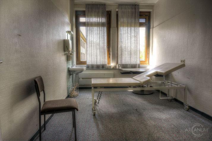 Hospital M.