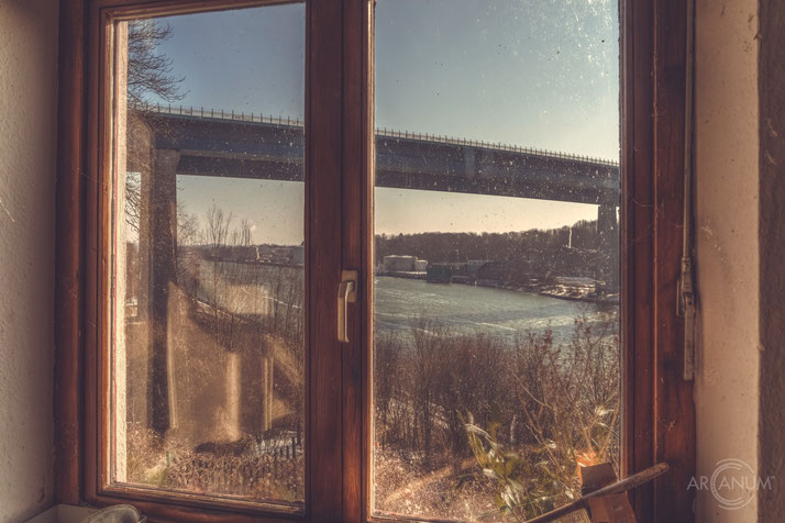 Abandoned Restaurant in Kiel, Germany   Verlassenes Restaurant in Kiel