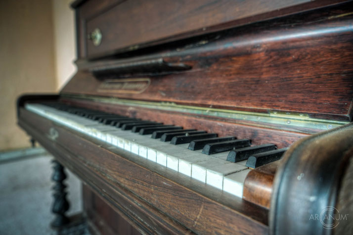 Piano in an abandoned farmhouse in Denmark