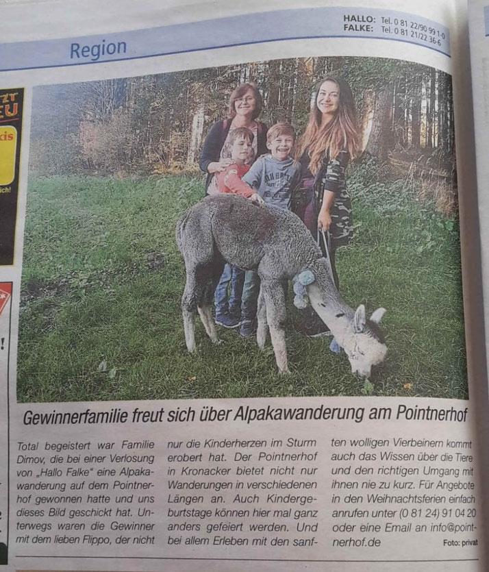 Alpaka Flippo Wanderung Alpakawanderung Alpakawandern gewinn gewinnspiel Familie kind kinder Erlebnis Erlebnisbauernhof Alpakahof Zeitung Zeitungsbericht Zeitung Presse