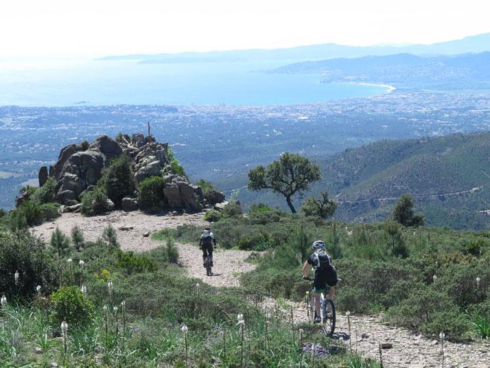 e-Bike Reise an die Côte d'Azur mit e-motion und mountainbikereisen.ch buchen