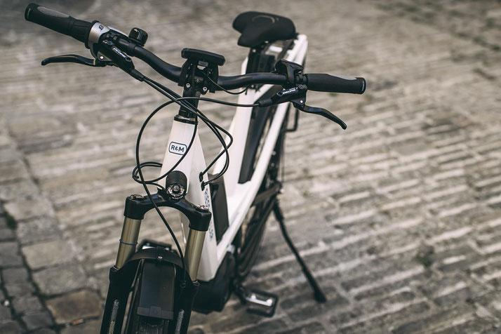 City e-Bikes im Alltag nutzen - jetzt in der emotion e-Bike Welt Hombrechtikon kompetente Beratung und kostenlose Probefahrten sichern!
