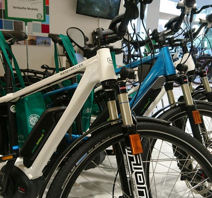 Riese und Müller Elektrovelos in der e-motion e-Bike Welt Dietikon