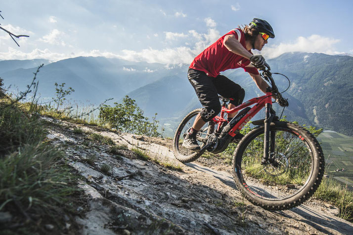 e-Mountainbikes in der e-motion e-Bike Welt Hombrechtikon