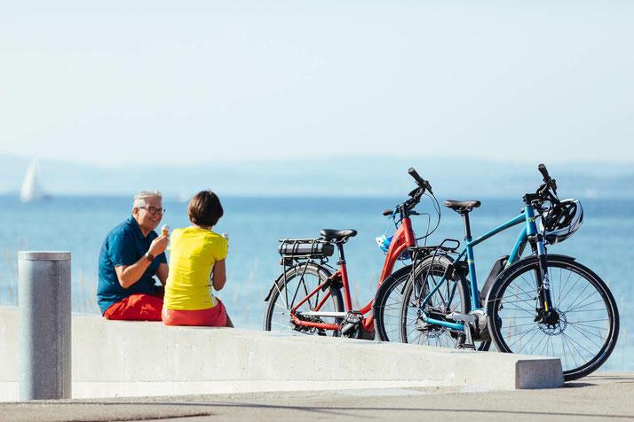 Auch im Urlaub darf das e-Bike natürlich nicht fehlen. Daher werden Ihnen hier Möglichkeiten aufgezeigt, wie Sie Ihr e-Bike an Ihr Reiseziel mitnehmen können.