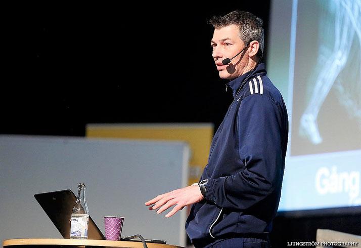 Wird für uns im Juni gleich zwei Mal als Referent im Einsatz sein: Lauf- und Koordinationstrainer Carsten Effertz!