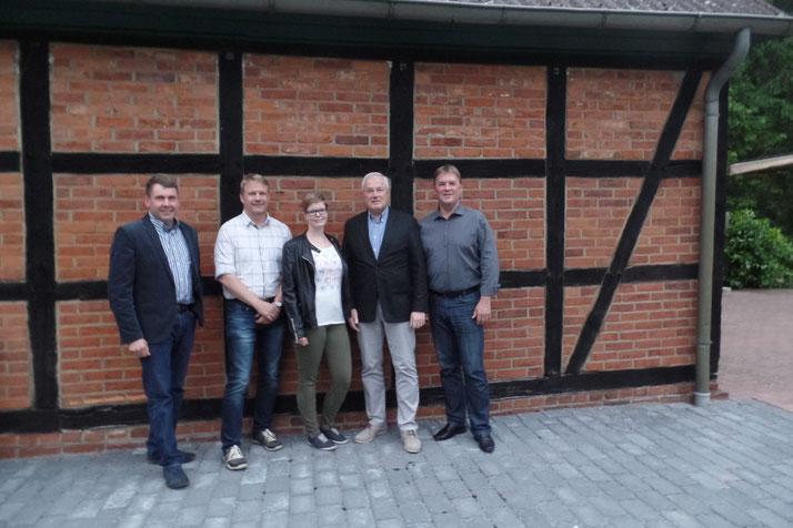 v.l.n.r  Karsten Johansson, Christian Hauschildt, Sina Koch, Thomas Bieler, Klaus Soetbeer. Es fehlen Marco Schulze und Christian Benecke.