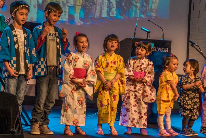 Eröffnungszeremonie am Japan Matsuri: eine besonders süsse Gesangseinlage.