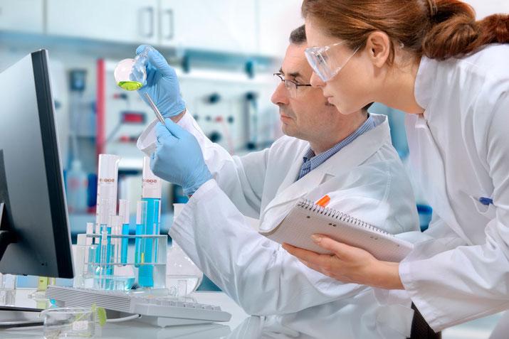 Tecnicos especialistas y cualificados