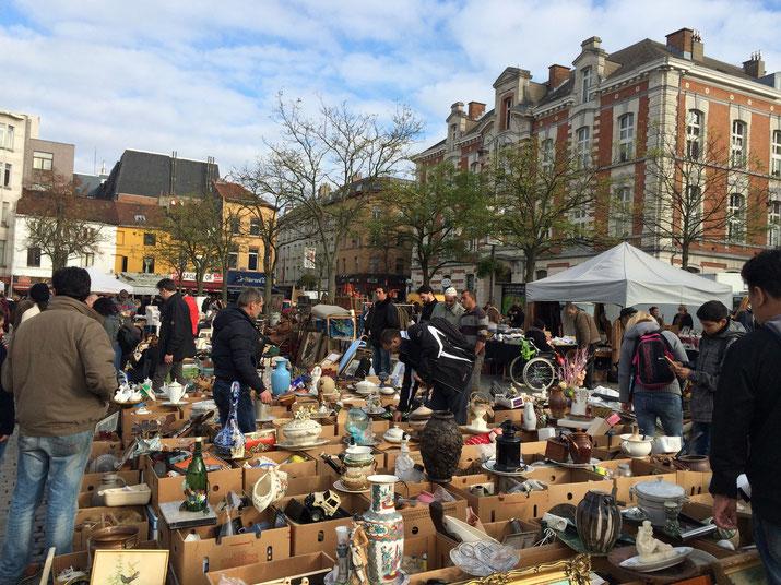Bruxelles centre ville marché de la Place du Jeu de Balles