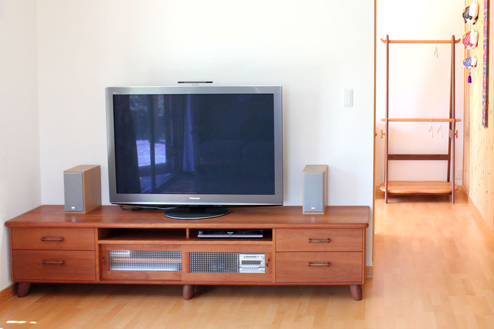 ハンガーラック&テレビボード(つくば市・Y様邸)
