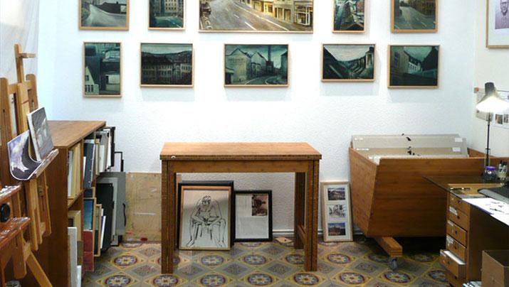 Bambusmöbel im Künstleratelier