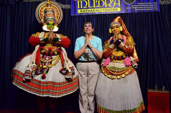Avec des danseurs du Kerala (Inde du Sud)  Novembre 2018