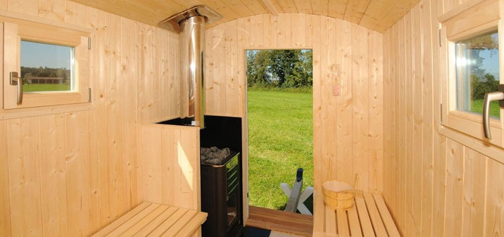 Stilvolle Sauna Ferienwohnung neu renovierter Bahnhof Historisches Gebäude mit Charme exklusive einrichtung interior fränkisches seenland ferienland donau ries