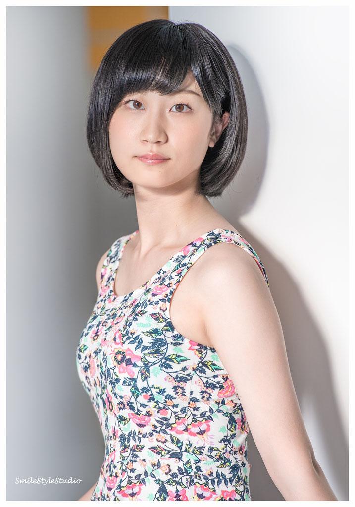 オーディション写真  カメラ Hibiki Miyake    ヘア&メイクKanaTakahashi  衣装SmileStyleStudio 自然光 Nikon D850