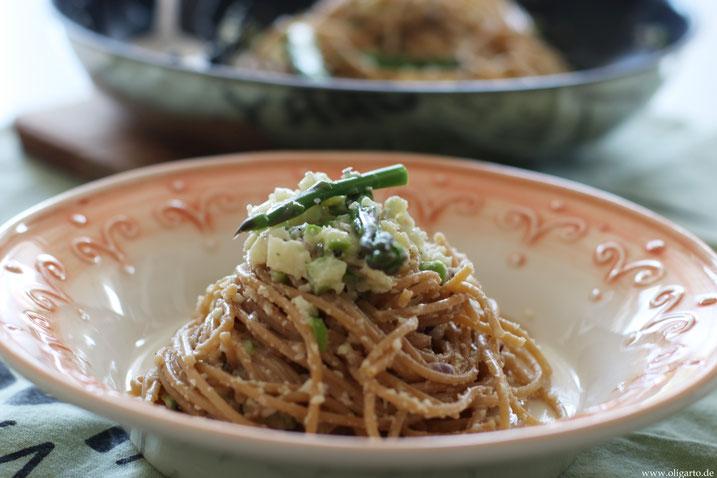 Pasta mit Blumenkohl und Spargel vegan Rezepte Oligarto