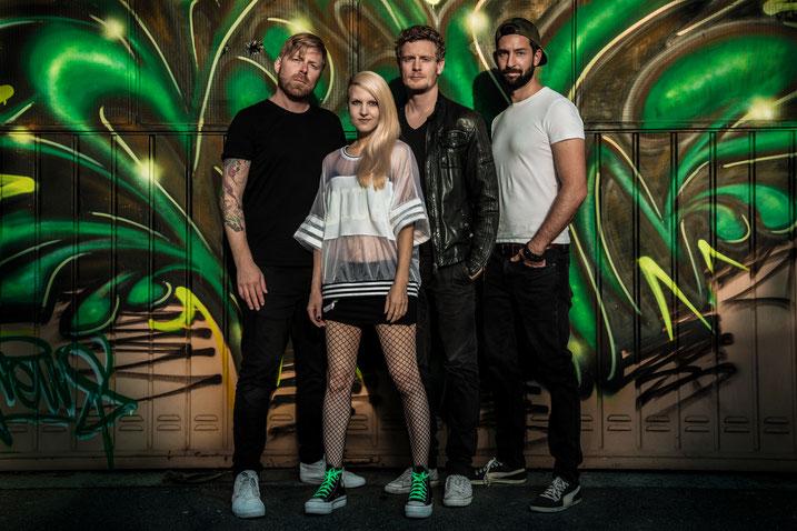 Bandfoto von der Band Mila Masu: A.K., Mila, Matthias und Markus / Foto by M-Vision