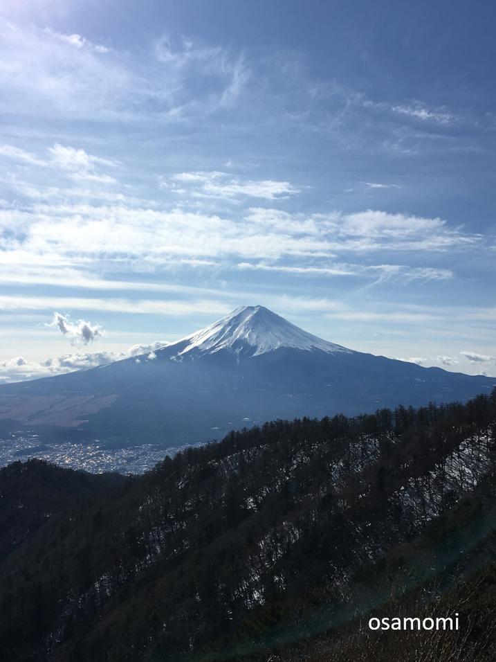 富士山を三つ峠から。昭島市のオサモミ整体院、足膝専門です。