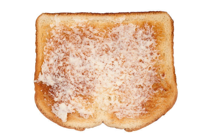 Toast-with-margarine