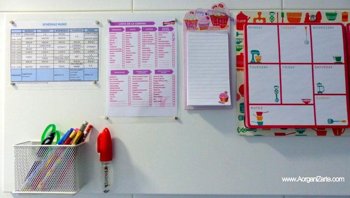 Coloca el calendario, horario y otras listas en un tablón magnético a la vista - www.AorganiZarte.com