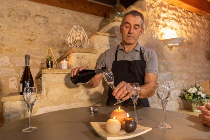 Weinprobe bei Mas d'Aurel. Foto: PR / Pascale Walter / Tarn Tourisme