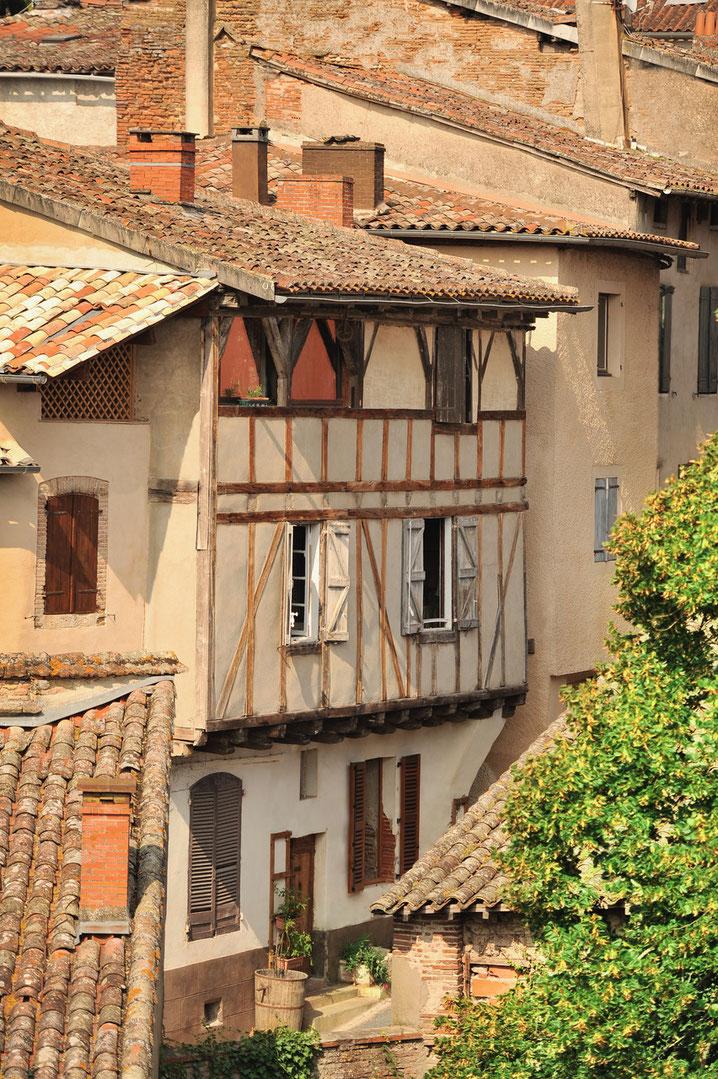 Blick auf historische Häuser in Gaillac. Foto: PR/ Daniel Vijorovic / Tarn Tourisme