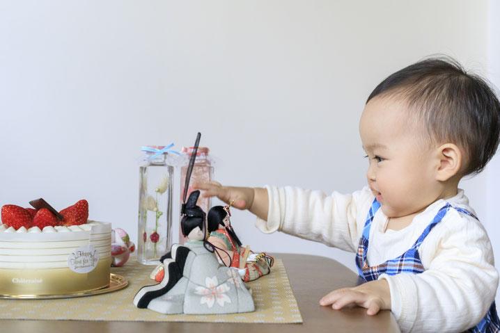 赤ちゃんと雛人形・ひな人形・お雛様・木目込人形