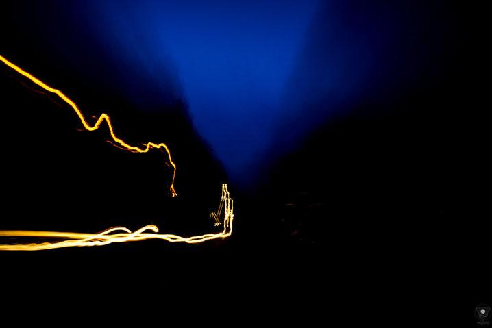projekt flyinglandscape autobahn follow the light 201205| www.visovio.de fotografie und fotokunst |  abstraktefotografie farbrauschen autobahn farbexplosion followthelight