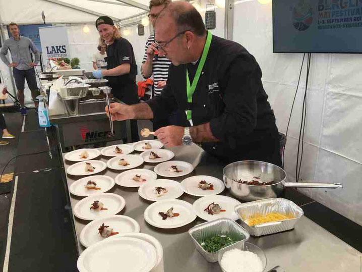 Dénia ha vuelto a participar en el Bergen Matfestival, la cita noruega con la gastronomía. En la foto Vicent Simó del CDT.