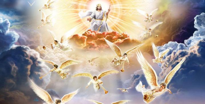 Jésus reviendra vers la terre avec ses anges puissants. quand Jésus apparaîtra. Il viendra du ciel avec ses anges puissants. le Fils de l'homme va venir dans la gloire de son Père, avec ses anges, et alors il traitera chacun selon sa manière d'agir.