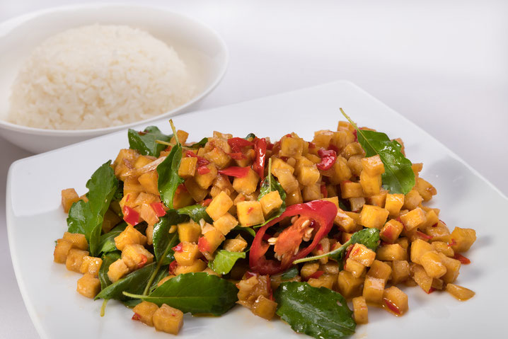 Gehackter Fritierter Tofu mit Chili, Vegi