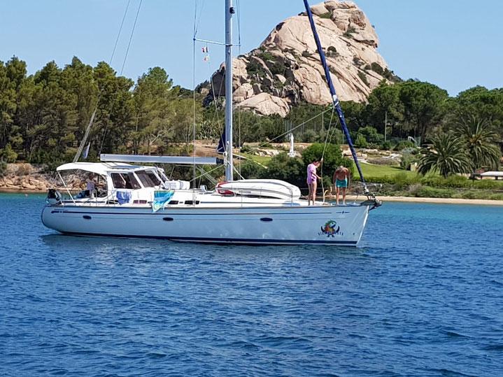 Urlaub auf einer Segelyacht im Mittelmeer. Eigneryacht