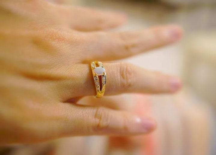 記念日の手作り指輪アニバーサリーリング