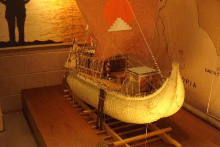 Ein Modell der Kontiki von Tor Heierdahl