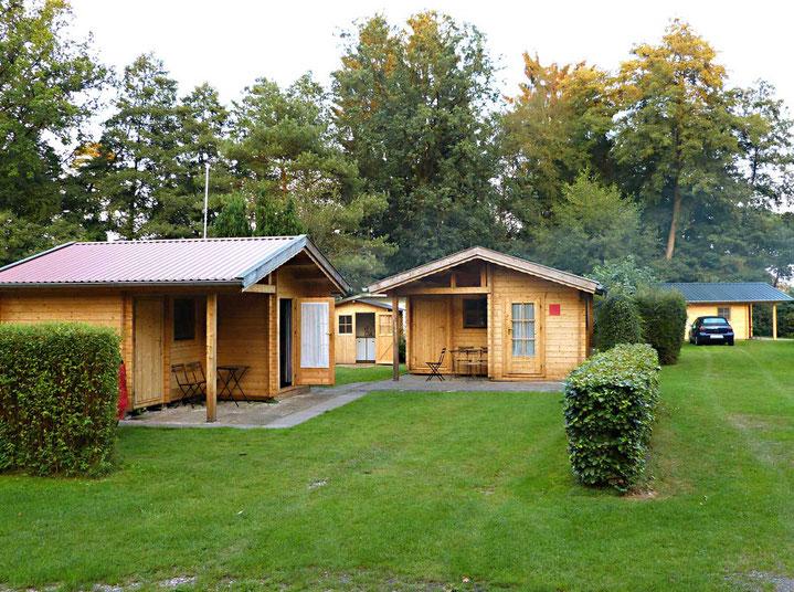 Übernachtung in gepflegten Hütten für bis zu 4 Personen