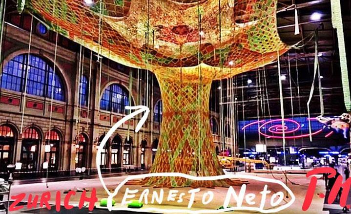 Pedro Meier – Ernesto Neto – »Gaia Mother Tree« – Zurich HB,6 geknüpfte Baumwolle – Fondation Beyeler Riehen, Basel. © Pedro Meier Multimedia Artist, Atelier Gerhard Meier Weg Niederbipp / Bangkok Golf von Thailand – FLUXUS DADA, DiaryArt, Visarte, SIKART