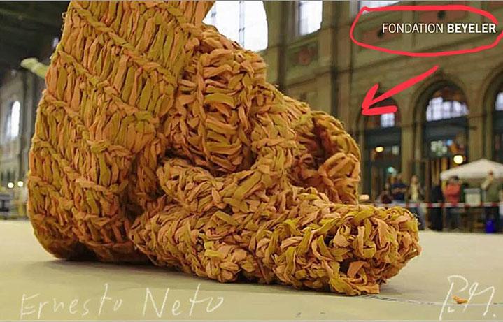 Pedro Meier – Ernesto Neto – »Gaia Mother Tree« – Aufbau Zurich HB SBB – Fondation Beyeler – © Pedro Meier Swiss-German Multimedia Artist, Atelier Gerhard Meier Weg Niederbipp / Bangkok Golf von Thailand – FLUXUS DADA, DiaryArt, Visarte, SIKART Zürich