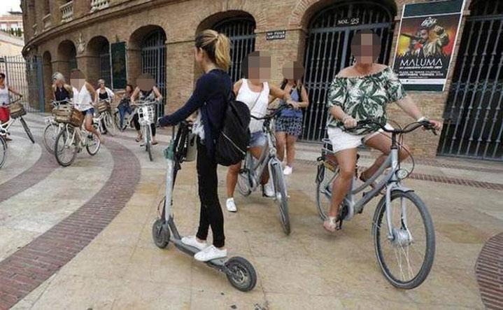 Los ciclistas no tienen el menor respeto con los viandantes e igual que los ciclistas se lo saltan todo en Valencia.