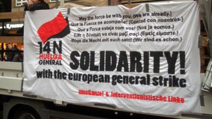 Fælles banner fra 'Ums Ganze' og 'Interventionistische Linke'