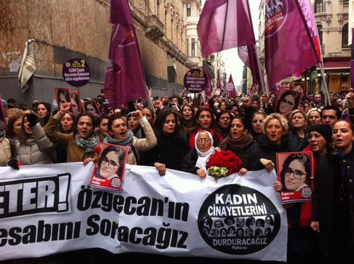 Mindedemo for Özgecan Aslan i Istanbul