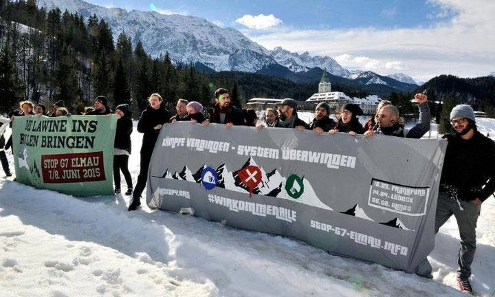 Mobiliseringskampagne mod g7 topmødet i de bayriske alper. I baggrunden G7 - konferencestedet slot Elmau
