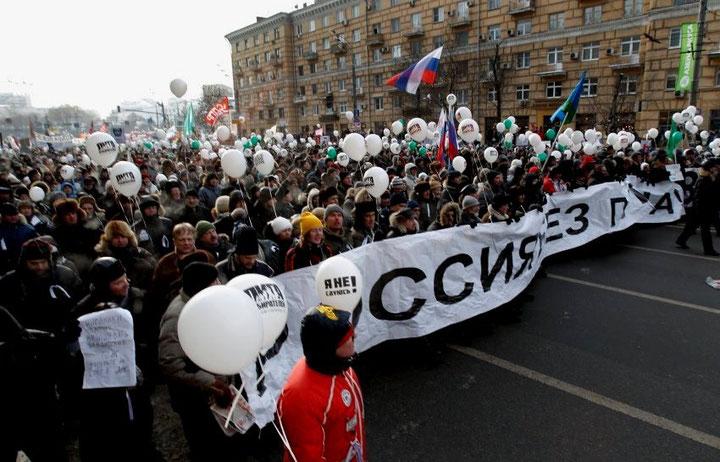 """""""Rusland uden Putin"""". Over 80 000 deltagere i Moskva"""