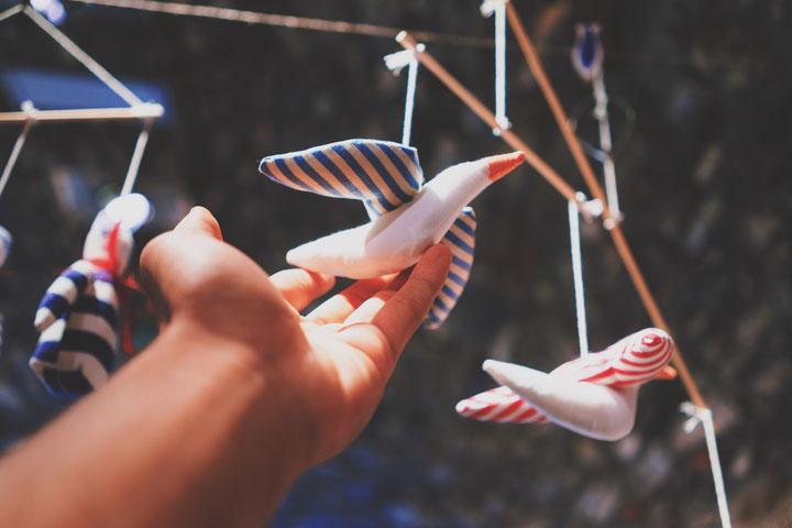 Systemische Paartherapie und die Metapher des Mobiles