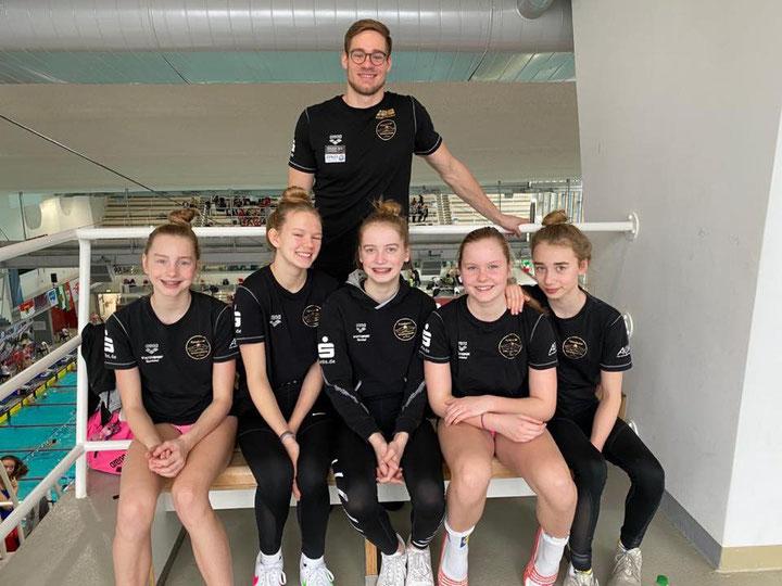 Unsere erfolgreichen Mädchen der C-Jugend und ihr Trainer beim DMSJ-Bundesfinale 2020