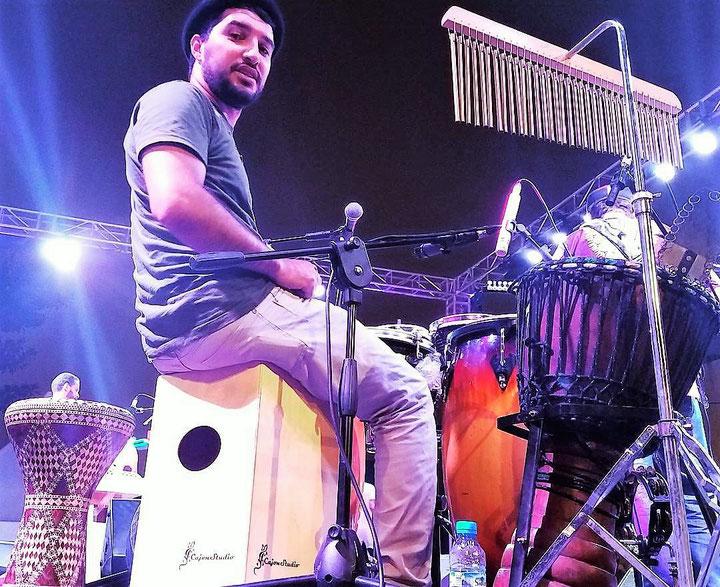 Multi-Percussionist Sohaib Benra, Marokko auf CajonStudio Butterfly String Cajon