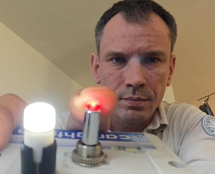 LED Specialist for cars A.Hammelcarlights LED Swiss Made führend in LED Umrüstung:LED- Standlicht, Abblendlicht, Nebellicht, Kennzeichenlicht,Bremslicht, Blinker, Innenraumlicht für Auto Motorrad und LKW