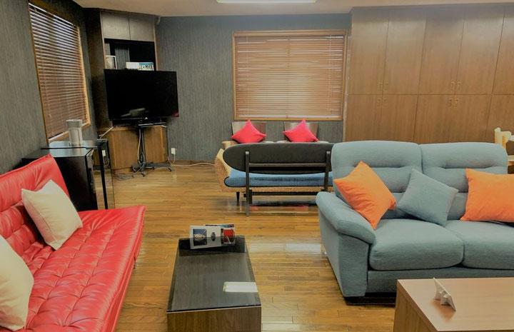 Autofactory lounge